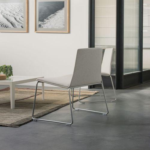コンテンポラリー安楽椅子 / 金属製 / 布製 / リュージュ