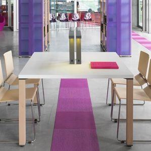 コンテンポラリーワークテーブル / 木製 / 木製 / 四角形