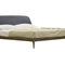 ダブルベッド / コンテンポラリー / 布張りをしたヘッドボード付き / トネリコ材