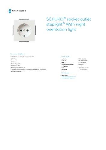 SCHUKO® socket outlet steplight® With night orientation light STUDIO WHITE