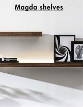 Magda shelves