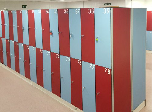 PHENOLIC LOCKERS WITH ALUMINIUM PROFILE