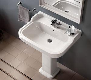lavatório de coluna / retangular / em cerâmica / clássica