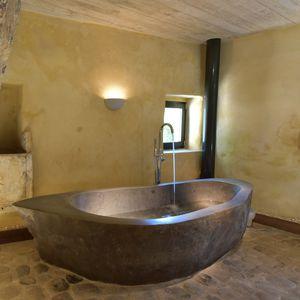 banheira freestanding / oval / em pedra