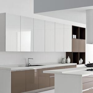 cozinha contemporânea / em carvalho / em madeira lacada / em alumínio