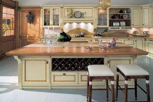 cozinha de estilo / em madeira lacada / com ilha / em L