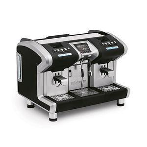 máquina de café com bomba