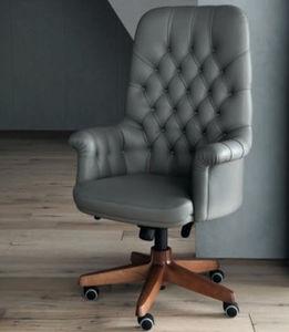 cadeira executiva clássica
