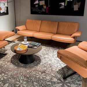 sofá contemporâneo / em couro / de 2 lugares / de 3 lugares