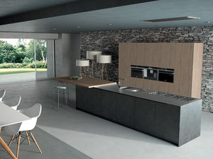 cozinha contemporânea / em madeira / com ilha / lacada