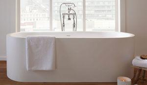banheira freestanding / oval / em compósito
