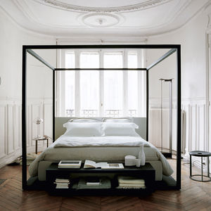 cama com dossel / de casal / contemporânea / em carvalho