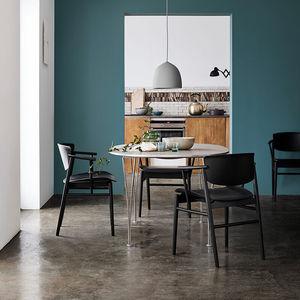 cadeira de design escandinavo