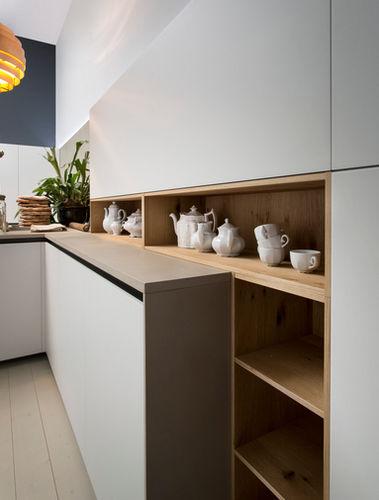 estante contemporânea / em madeira / para cozinha