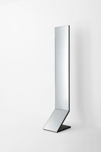 espelho de pé / contemporâneo / retangular / metálico