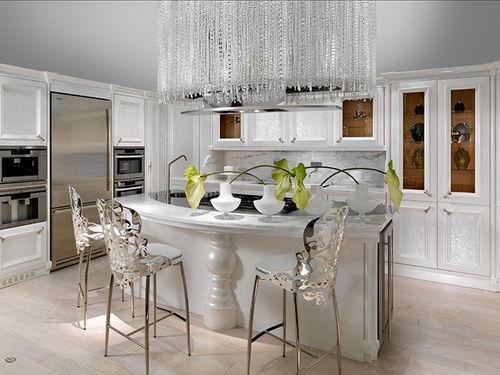cozinha clássica / em madeira maciça / em madeira lacada / em nogueira