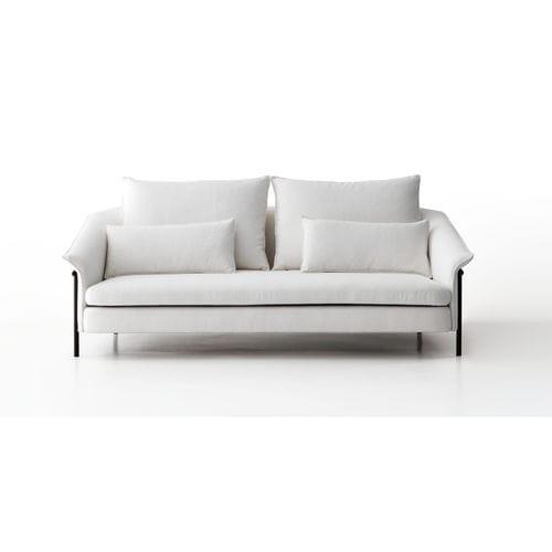 sofá contemporâneo / em tecido / de 2 lugares