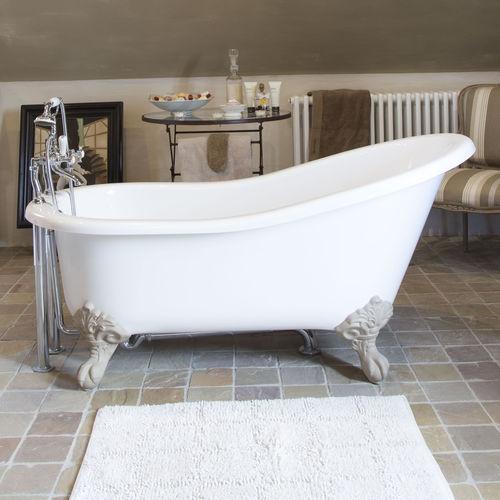 banheira com pés / oval / em compósito / em pedra