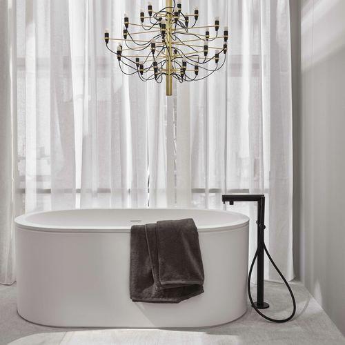 banheira freestanding / oval / em LivingTec®