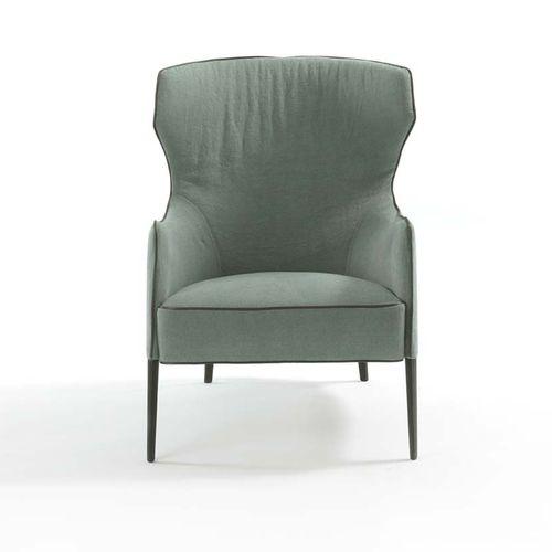 poltrona contemporânea / em tecido / em couro / Bergère
