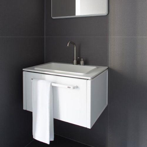 gabinete de banheiro suspenso