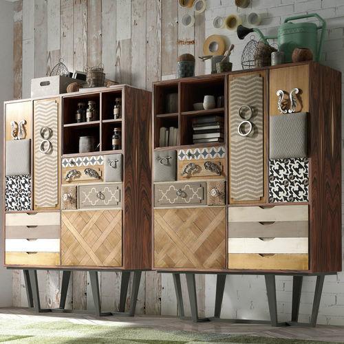 buffet alto / contemporâneo / em madeira / sob medida