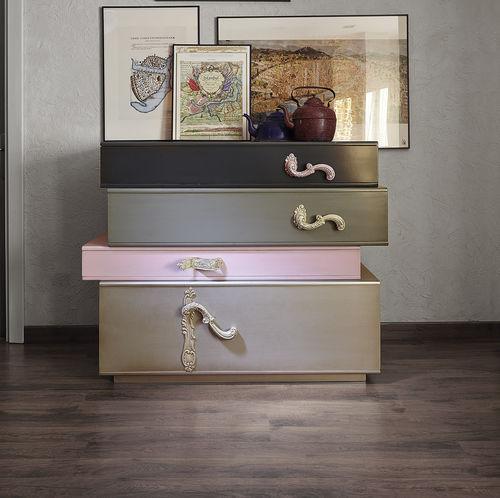 cômoda design original / em madeira lacada / modular / multicores