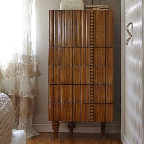 cômoda alta / contemporânea / em madeira / sob medida