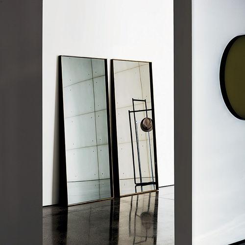 espelho de pousar / contemporâneo / retangular / metálico