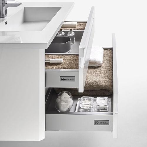 gabinete de banheiro de parede / em madeira maciça / em nogueira / contemporâneo