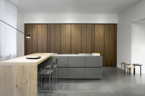 cozinha contemporânea / em aço / em madeira lacada / em nogueira
