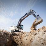 escavadeira de esteiras / compacta / de baixo consumo de combustível / ergonômica