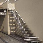 escada reta / em L / com estrutura metálica / com degraus de metal