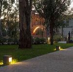 poste balizador de iluminação de jardim / urbano / contemporâneo / em aço galvanizado