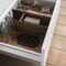 cozinha contemporânea / em madeira lacada / fosca / sem puxadores